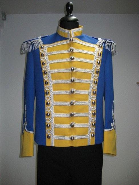 Uniformjacke mit Verschnürung